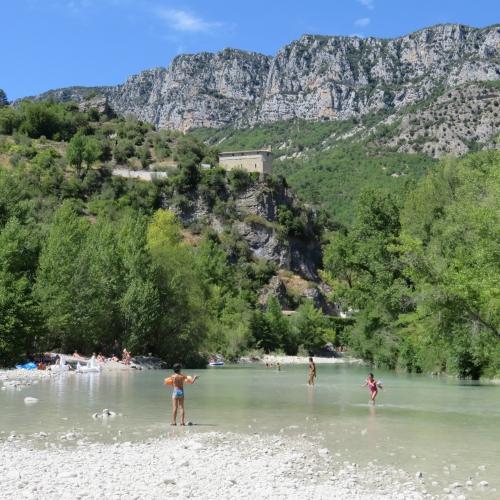 Roquesteron, bain d'argile