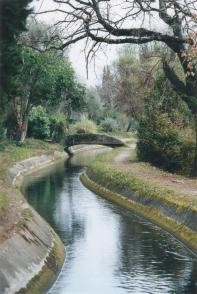 Canal de la Siagne.jpg