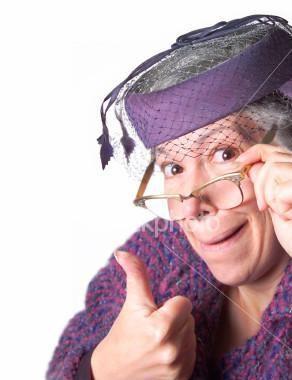 chapeau violet.jpg