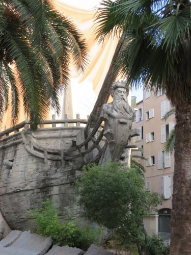 bateau sculpture